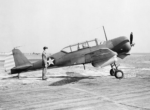 Curtiss_SNC-1_April_1942.jpg