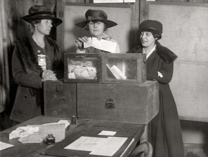 Women Voters: 1917