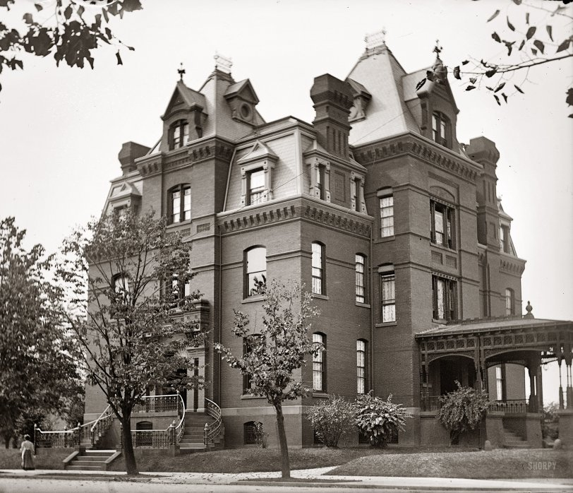 Blaine Mansion: 1900