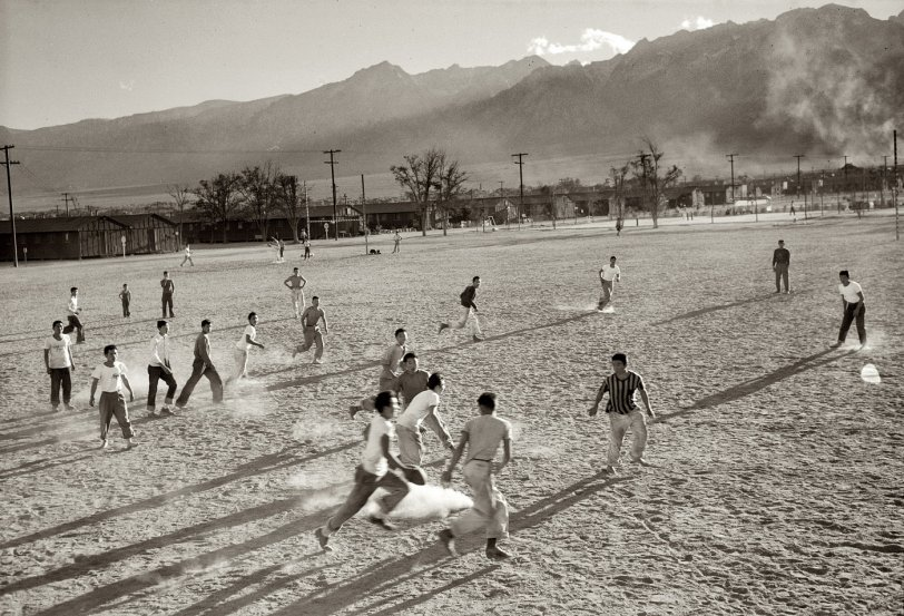 Manzanar: 1943