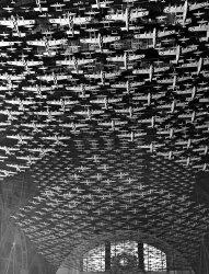 Model Flight: 1943