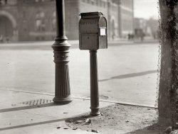 Letterbox: 1911