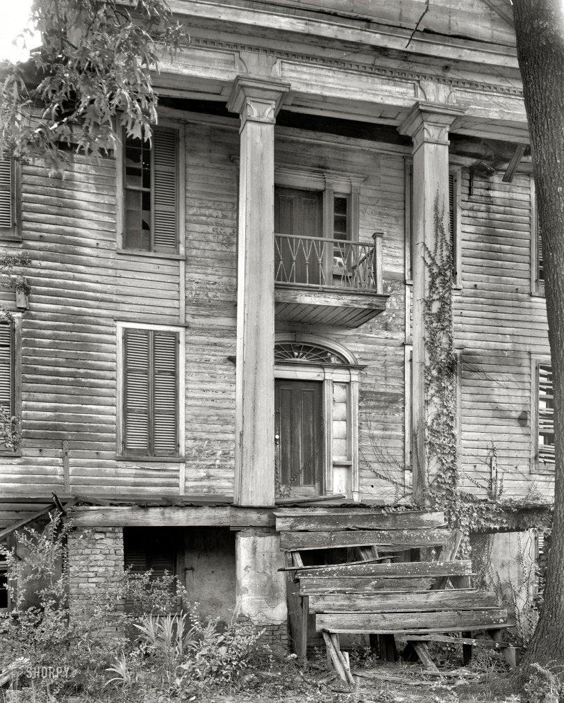 Dark Shadows: 1936