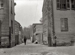 Slum Views: 1914