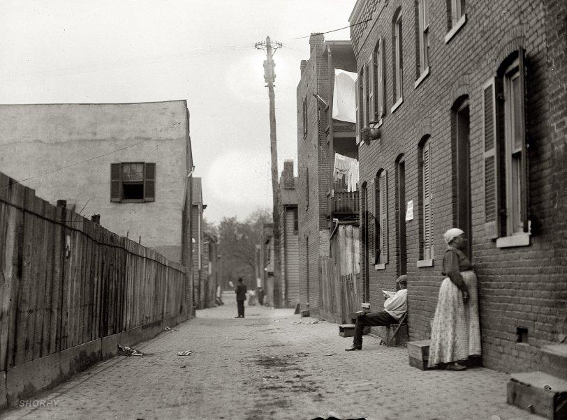 Back Alley: 1914