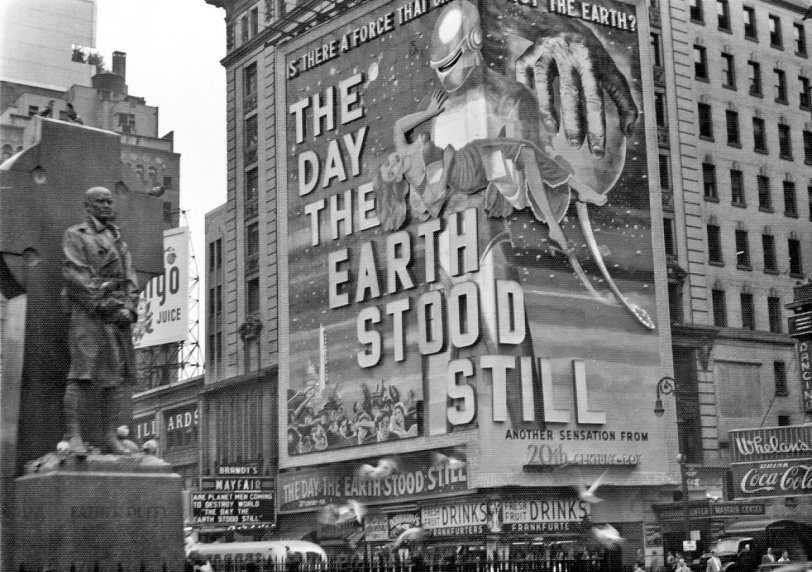 The Day the Earth Stood Still: 1951