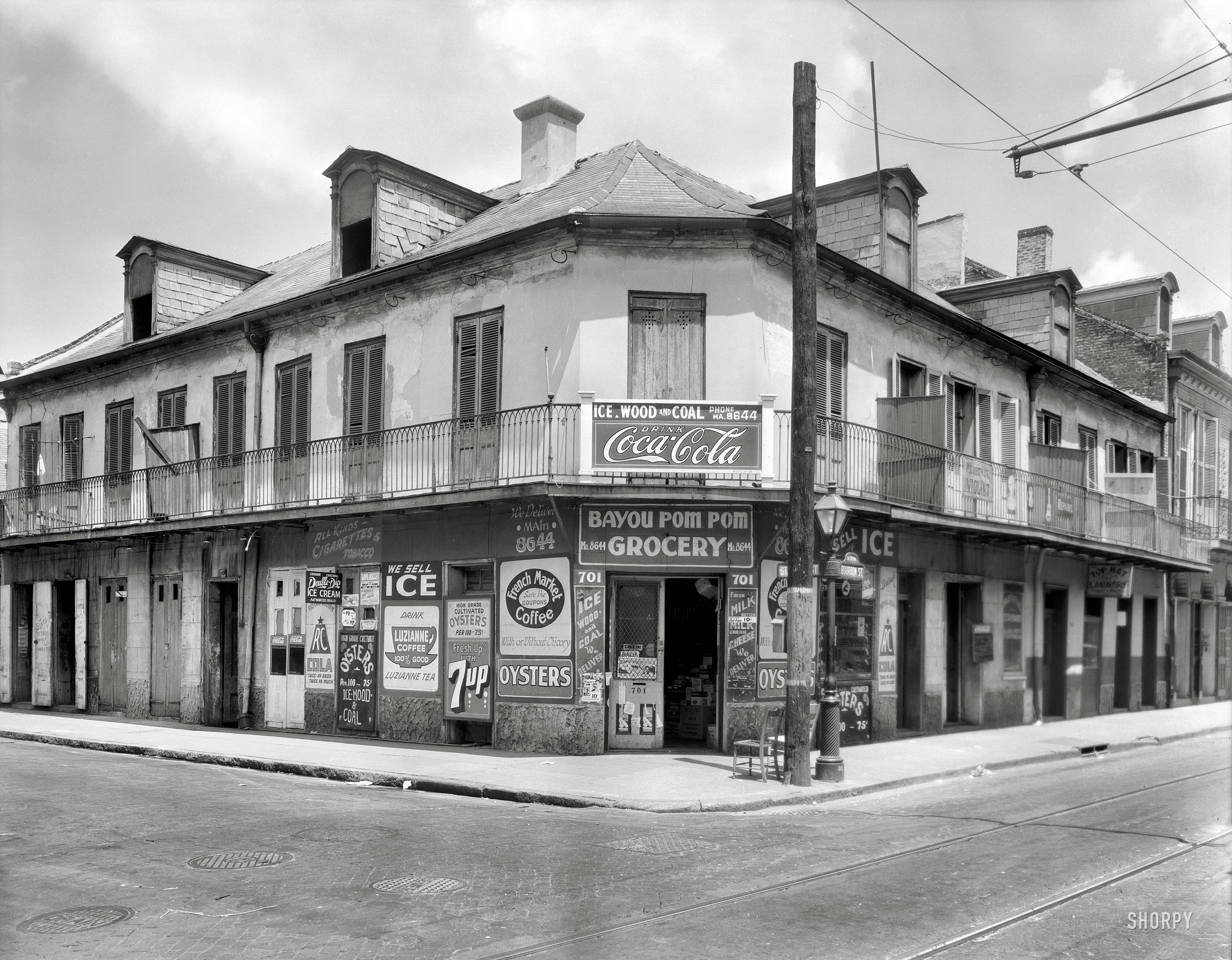 Shorpy Historic Picture Archive :: Bourbon and Coke: 1937 ...