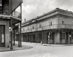 Le Petit Theatre: 1937