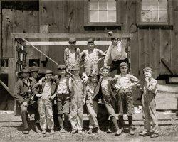 Working Boys: 1910