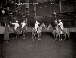Night Riders: 1908
