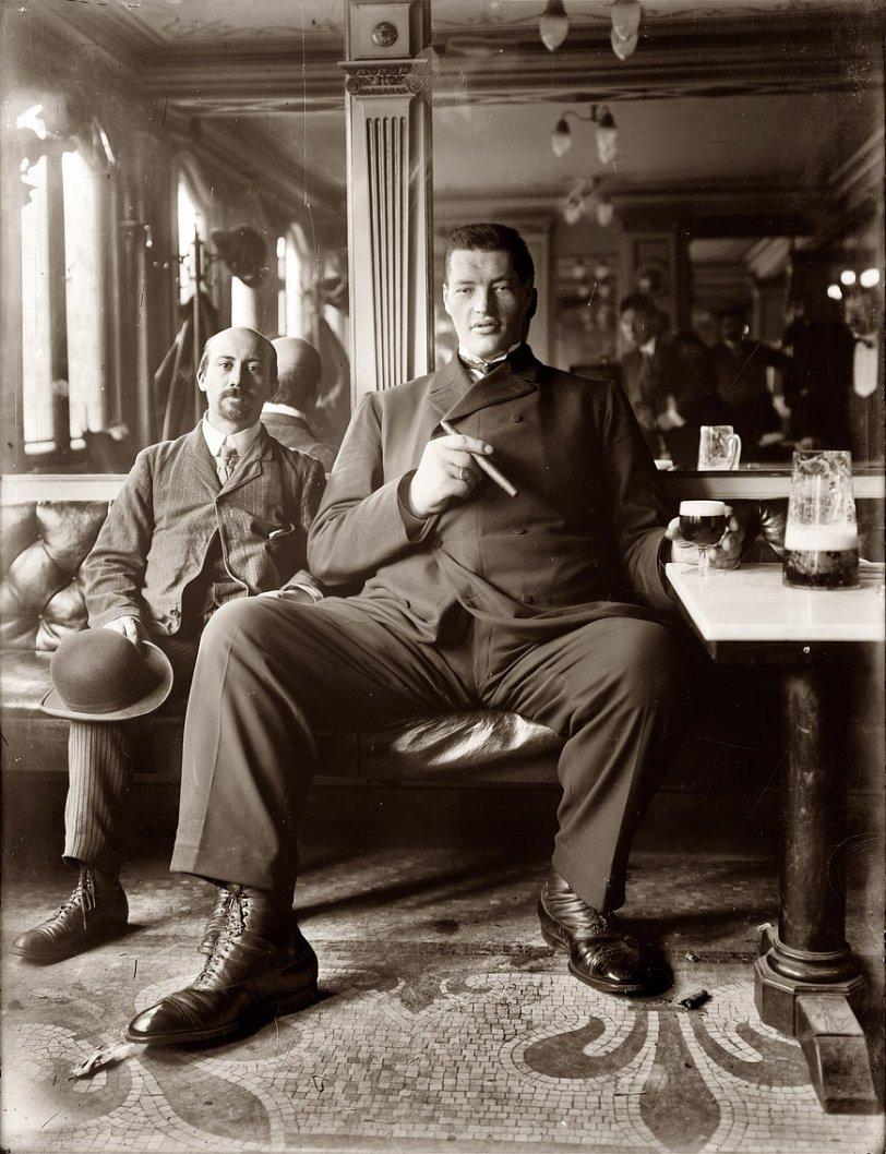 Living Large: 1908