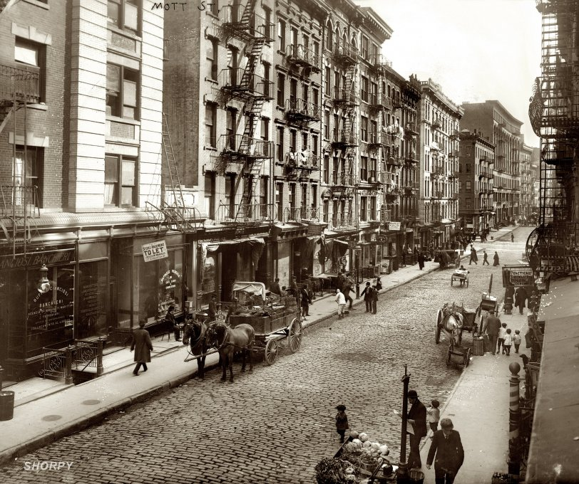 Mott Street: 1910