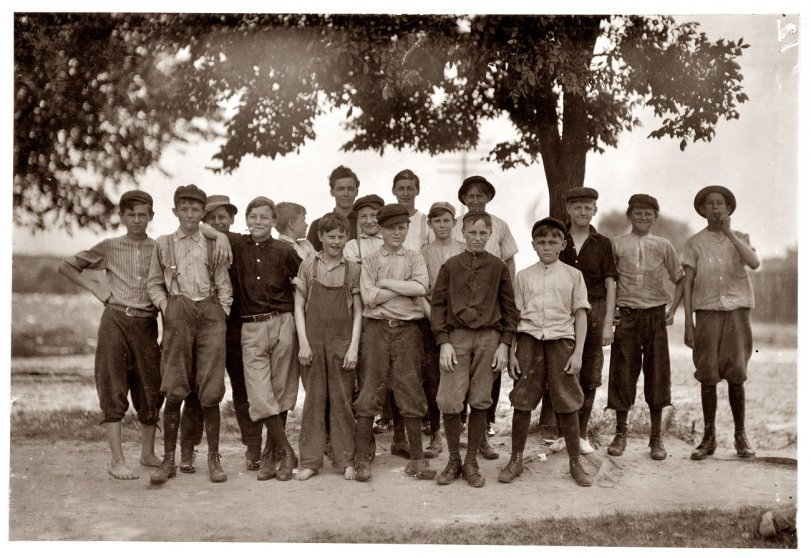 Knitting Mill Boys: 1911