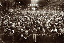 Sea of Faces: 1908