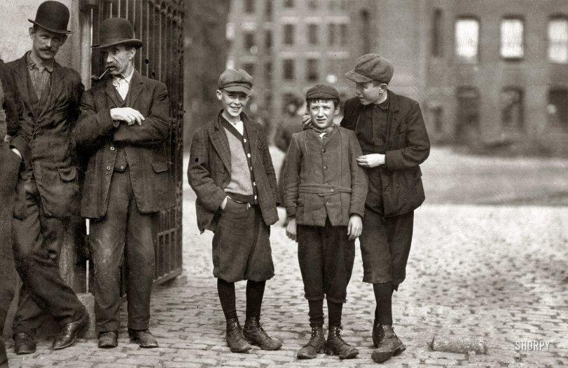 Mule Room Boys: 1911