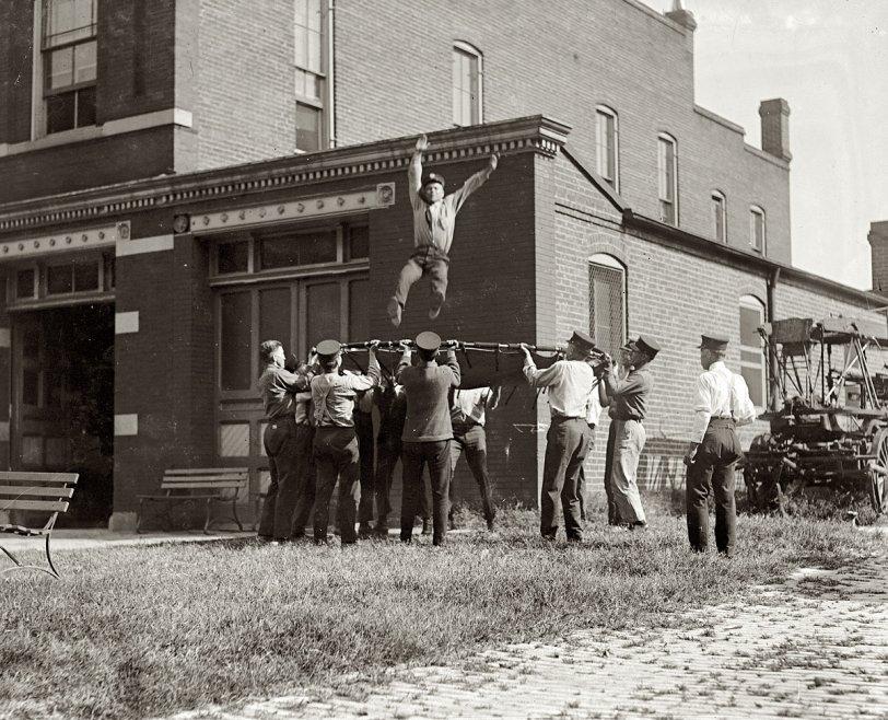 Fireman School: 1920