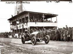 Robertson in Locomobile: 1908