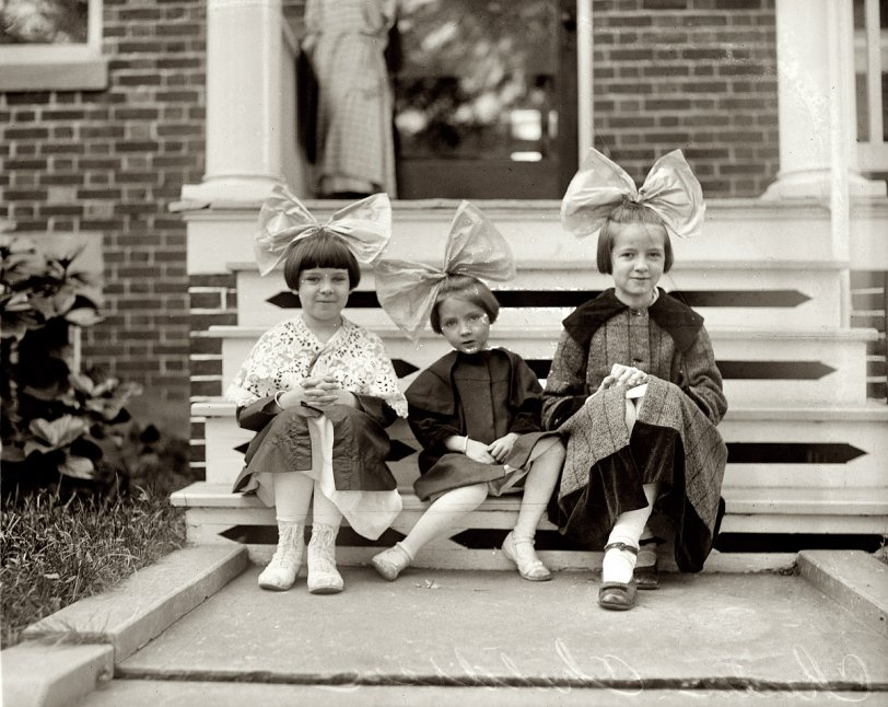 Cute as a Button: 1920