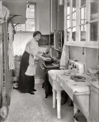 Margarete's Kitchen: 1914