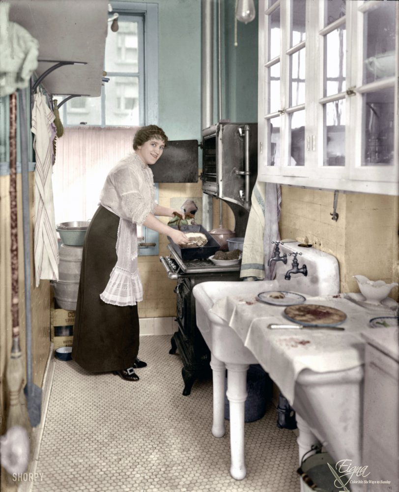 Margarete's Kitchen (Colorized): 1914