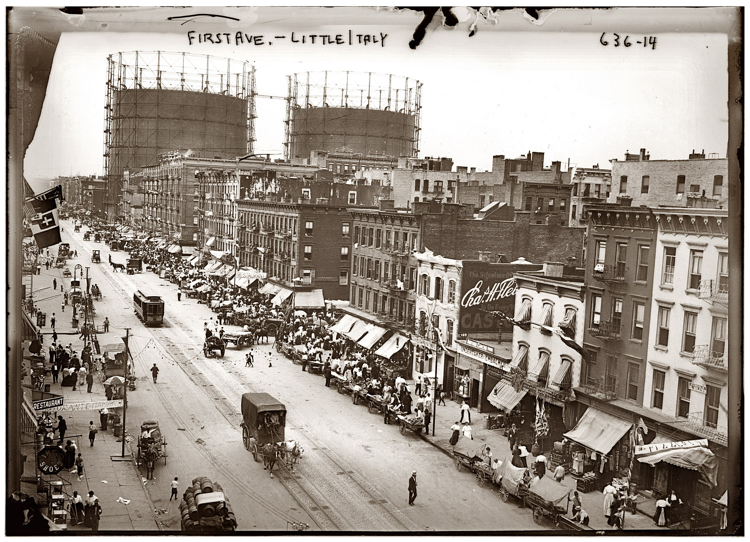 BUY PRINT New York's First Avenue at East 29th Street during the annual  Little Italy festa circa 1908. 5x7 glass negative, George Grantham Bain  Collection.
