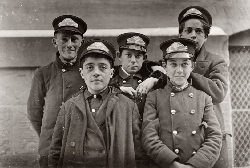 Messenger Boys: 1909