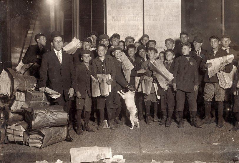 Newsies and Dog: 1909