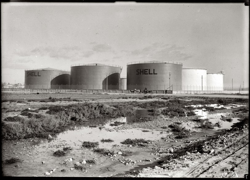 Haifa Tank Farm: 1937