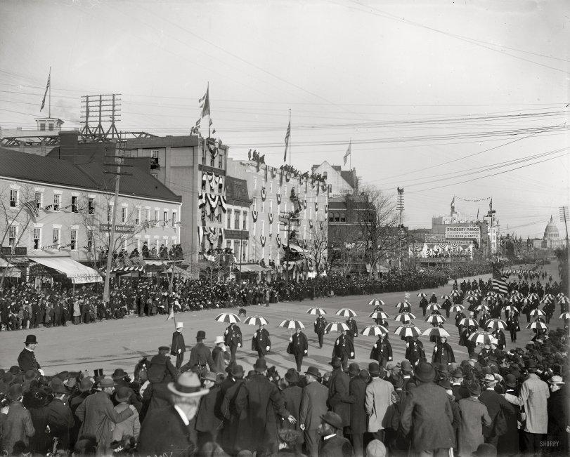 Inaugural Umbrellas: 1901