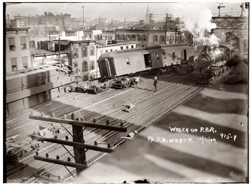 Train Wreck: 1909