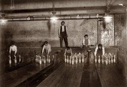 Brooklyn Pin Boys: 1910