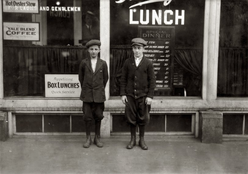Box Lunches: 1916