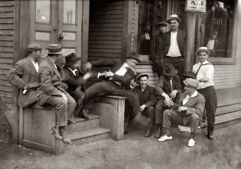 Idlers: 1916