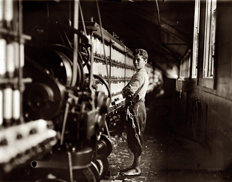 Mule Spinner: 1909