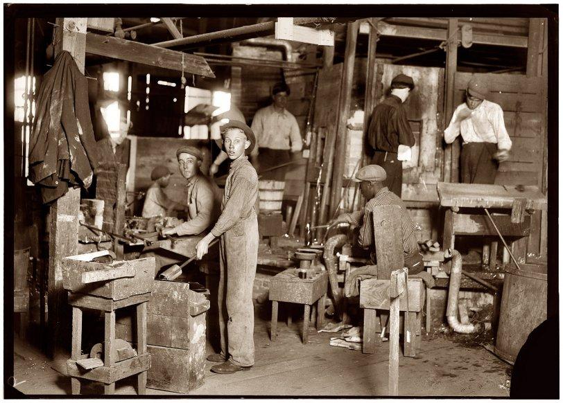Mold Boy: 1909