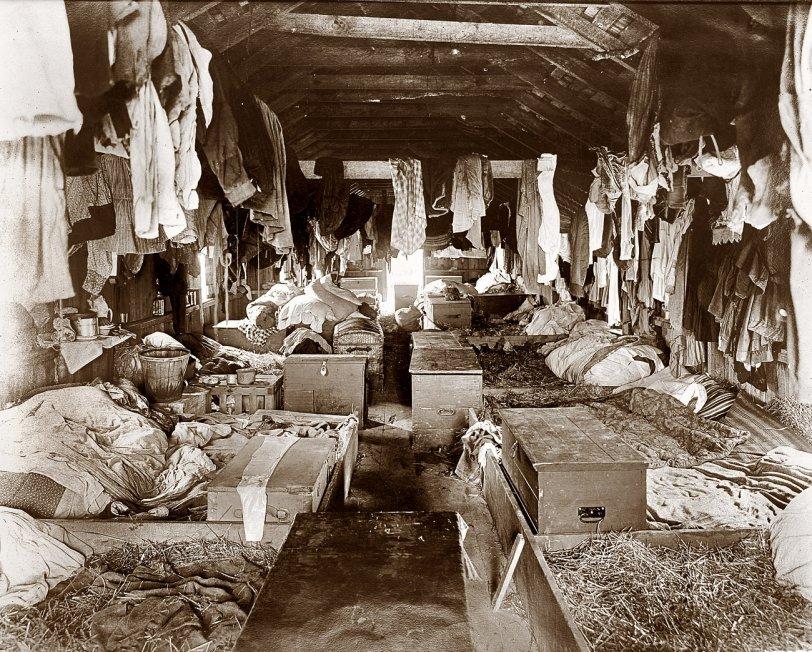 Straw Bed Shack: 1909