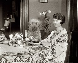 Girl's Best Friend: 1922