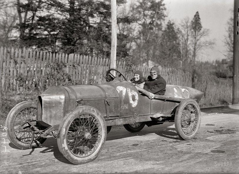 Elinor  Blevins, Auto Fiend: 1915