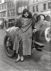 Fast Woman: 1915