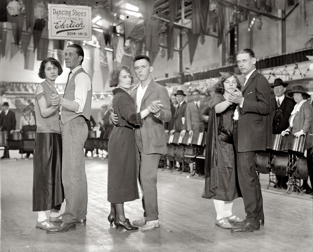 Shorpy Historic Picture Archive :: Dance Marathon: 1923 high-resolution  photo