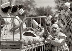 Clown Hospital: 1923