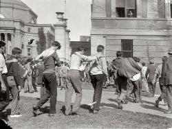 Flag Rush: 1910