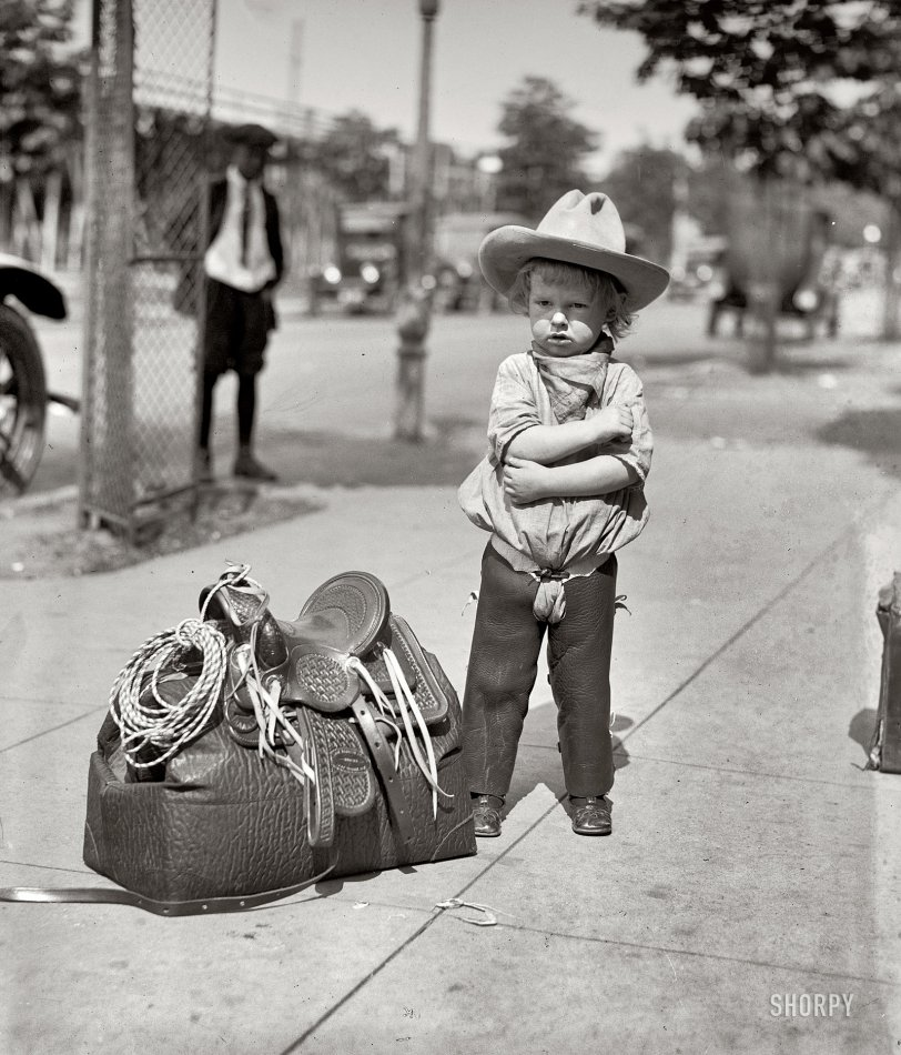 Foghorn Jr.: 1923