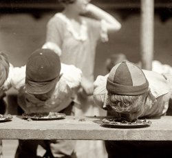 Pie in the Face: 1923