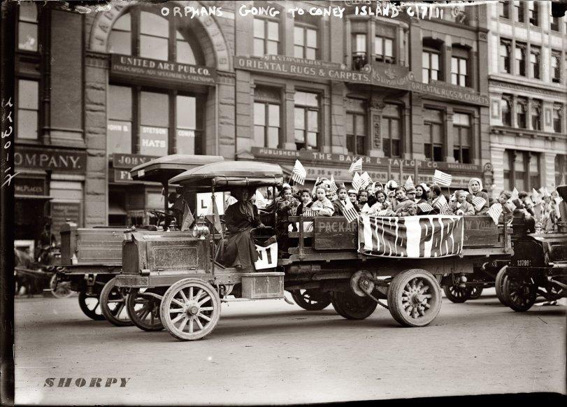 Coney Island Orphans: 1911
