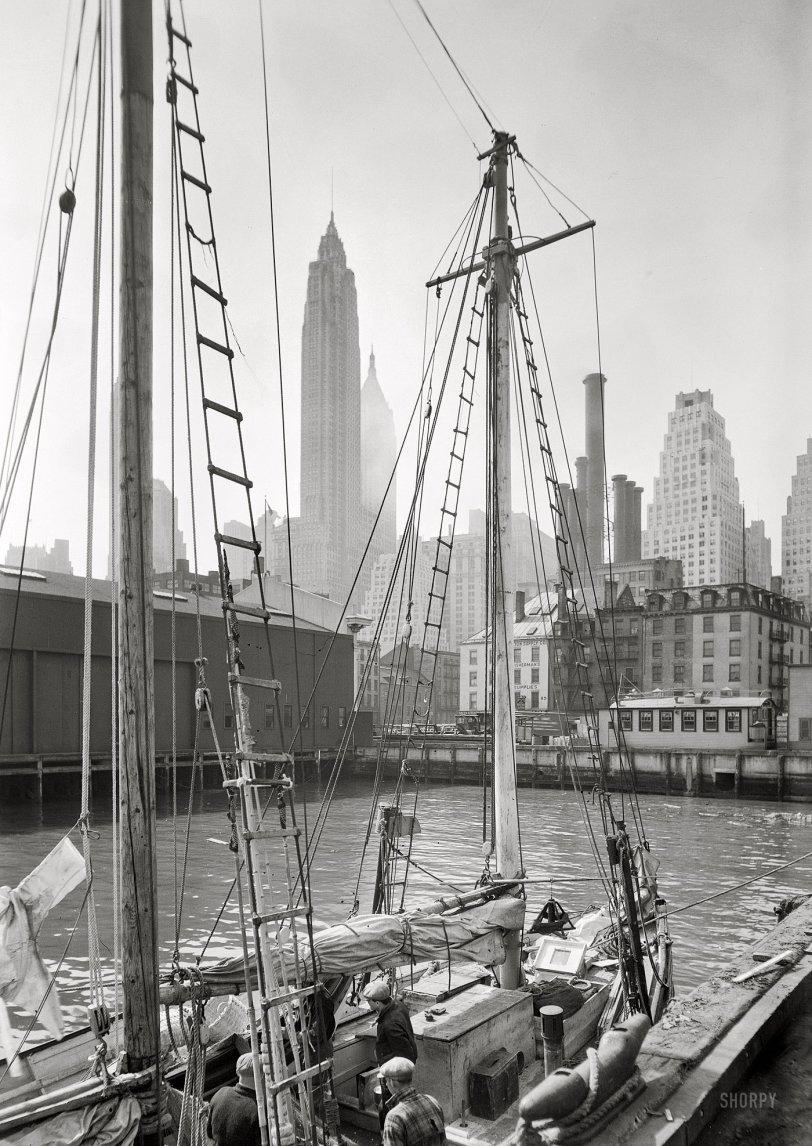 Fulton Market Pier: 1933
