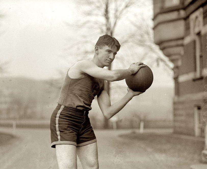 Davis, Class of 1924
