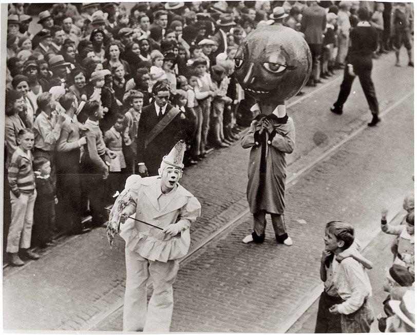1930's Christmas Parade