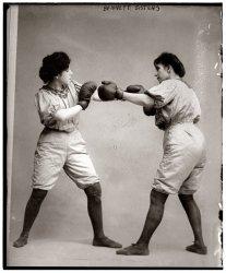 Bennett Sisters: 1910