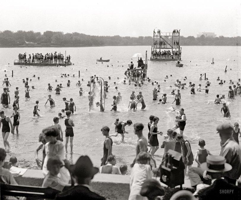 Splash: 1924